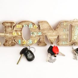 Porta llaves Home para hombre 2